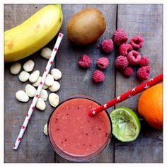 Jus de fruits vitaminés (bah oui faut faire le plein le matin!)