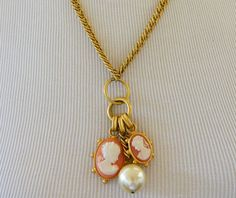 """Cameo Pendant Lariat Multi Strand Statement Necklace Gold Tone 36"""", Cameo Jewelry, 80s Necklace, Gold Tone, Costume Jewelry, Wedding, Bride by DecoOwl on Etsy"""
