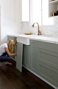 Kitchen cabinet paint color