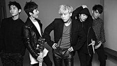 F.T Island's Jaejin denies rumors of making moves on Red Velvet members   http://www.allkpop.com/article/2015/05/ft-islands-jaejin-denies-rumors-of-making-moves-on-red-velvet-members