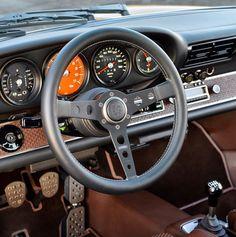 Feast your eyes on this 1990 Porsche 911 reborn by Singer. Classic Car Show, Classic Cars, Porsche Classic, Chrysler Convertible, Custom Porsche, Singer Porsche, Singer Vehicle Design, Porsche 911 Rsr, Porsche Carrera