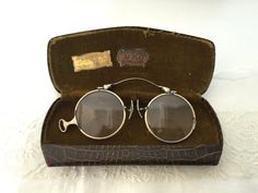 Antique Spectacles : old pair of glasses with by vintagelinensplus