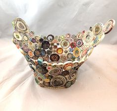 Inspiration: Winged Coiled paper basket from recycled Paper Large by Artesa, sold on Etsy - lovely.