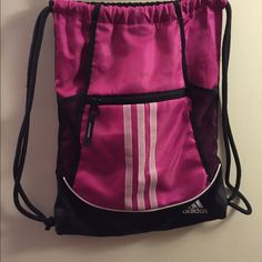 Adidas Backpack ✨ Previously Loved ✨ Adidas Gym Bag / Backpack Has been previously used ✔️ One strap came out so I tied it to the end (see picture)  Super Comfortable & lightweight Perfect for a jog or gym stuff to carry      Price is firm   Save 15% when you bundle 2 items!  ALL SALES ARE FINAL  Adidas Bags Backpacks
