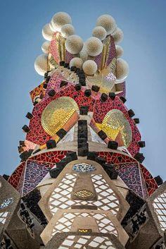 La Sagrada Familia, Arq. Antoni Gaudi, Barcelona, España.