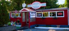Brunswick diner: These 8 Amazing Maine Restaurants Are Loaded With Local History Camping In Maine, Winter Camping, Camping With Kids, Restaurant History, Classic Restaurant, Acadia National Park Camping, Grand Canyon Camping, Brunswick Maine, Joseph Oregon