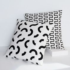 Dusen Dusen Pillow Cover - Curves