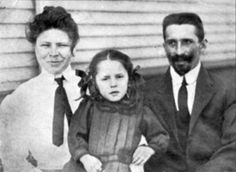 Luise and Anton Kink. Anton survived along with his wife & daughter by jumping into the lifeboat number 2 at the last minute. His brother and sister died in the sinking.