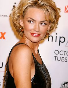 love the shape at the bottom. only short hair i have ever seen that actually suits me!;) KIMBER FROM NIP TUCK | Kelly Carlson Pics - AskMen