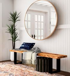 Eye-catching Modern Console Tables For a Statement Entryway Mid Century Modern Living Room, Mid Century House, Creating An Entryway, Modern Entryway, Entryway Art, Modern Staircase, Flur Design, Hallway Designs, Basement Designs