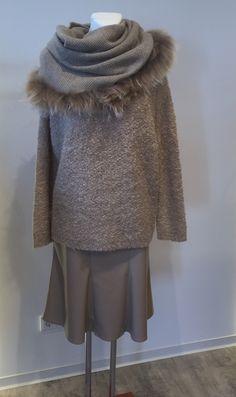 Pullover von BLOOM, Rock von Raffaelo Rossi