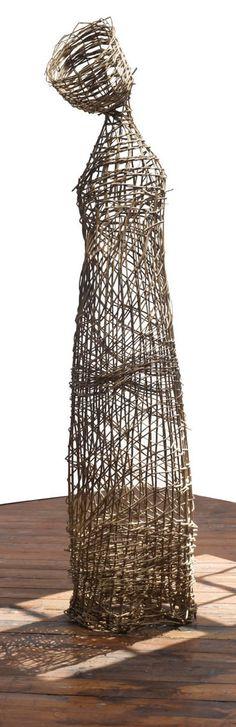 Dawn MacNutt Willow sculpture