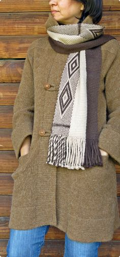 Bufanda de alpaca echarpe chal unisex moda de por TelaresNUEVOMUNDO Inkle Loom, Loom Weaving, Hand Weaving, Alpaca Scarf, Alpaca Wool, Textiles, Weaving Patterns, Unisex, Sheep Wool