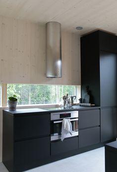 asuntomessut 2016 markki3 Kitchen Inspiration Design, Kitchen Inspirations, Home Interior Design, Interior Design Kitchen, Home Kitchens, Kitchen Design Small, Black Kitchens, Kitchen Layout, Rustic Kitchen