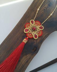 Ribbon Jewelry, Bead Jewellery, Jewelry Art, Beaded Jewelry, Soutache Pendant, Soutache Necklace, Diy Necklace, Soutache Pattern, Soutache Tutorial