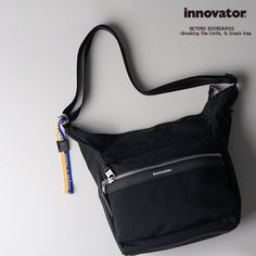innovatorデイリーショルダーバッグ INB-102 Vanlig(ヴァンリグ)シリーズ 北欧らしいスタイリッシュなデザイン #innovator #イノベーター #北欧 #sweden #スウェーデン #ショルダーバッグ Gym Bag, Suitcase, Sports, Bags, Fashion, Hs Sports, Handbags, Moda, Fashion Styles