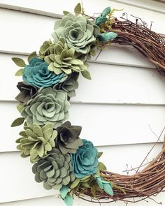 .  .  .  .  #elleandlu #feltflowers #feltsucculents #succulents #handmade #wreath #allseasons #homedecor #etsyshop #fallwreath #falldecor #doordecor #green #grapevine