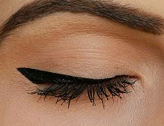 the perfect winged eyeliner