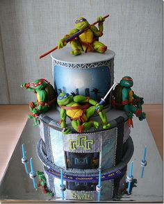 Now that's a legit cake. I'd just put Mikey on top of it though.