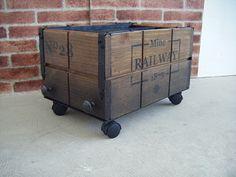 Box vagoneta para decoración estilo Industrial. http://tumuebleconsolajvg.webs.tl