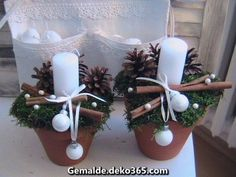 Here are the best DIY Christmas Centerpieces ideas perfect for your Christmas & holiday season home decor. From Christmas Vignettes to Table Centerpieces. Christmas Candles, Winter Christmas, Christmas Home, Christmas Wreaths, Christmas Ornaments, Christmas Balls, Little Christmas, Country Christmas, Christmas Christmas