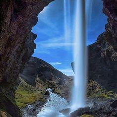 Kvernufoss Waterfall, Southern Iceland. Photo by @splitsecondsnapshot #followmefaraway