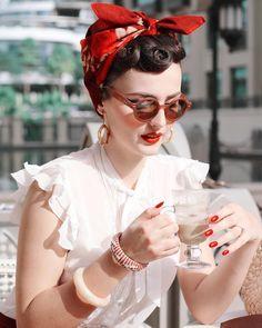 dd1ec9f1dff6 606 skvelých obrázkov z nástenky swing fashion v roku 2019