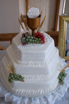 Image detail for -communion jpg nicholas s communion cake religious… Fondant Cakes, Cupcake Cakes, Baptism Party Decorations, First Holy Communion Cake, Religious Cakes, Confirmation Cakes, Cake Pictures, Cake Tutorial, Celebration Cakes