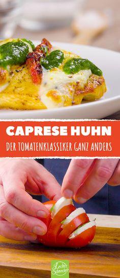 Zaubere einfach und schnell eine Variation der beliebten italienischen Kombi aus Tomate und Mozzarella! #rezept #rezepte #tomate #mozzarella #käse #basilikum #caprese #huhn #hühnchen #hähnchen #hühnerbrust #pesto #backen #ofen