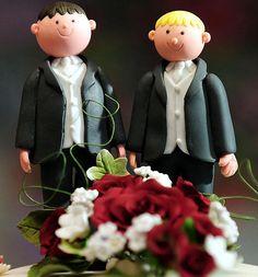 Gay cake couple