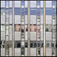 Foto 2009;  architetto Vico Magistretti;  edificio per uffici Corso Europa;  anno 1955-57