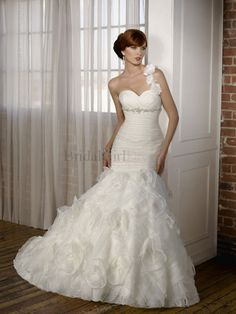 Amazing Trumpet/Mermaid One Shoulder Organza White/Ivory Chapel Train Wedding Dress