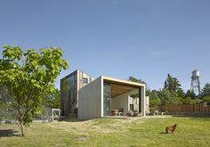 Amöbe für Hippies - Minihaus in Kalifornien von Mork-Ulnes Architects