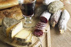 Wine and Cheese Pairing Suggestions