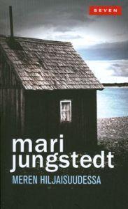 http://www.adlibris.com/fi/product.aspx?isbn=9511249401 | Nimeke: Meren hiljaisuudessa - Tekijä: Mari Jungstedt - ISBN: 9511249401 - Hinta: 6,80
