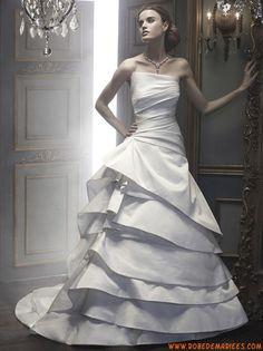 Robe de mariée couture satin multicouches drapés