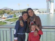 En el Rio Guadalquivir, con mis niños http://blog.anavelazquez.es
