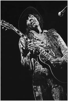 Jimi with his Les Paul