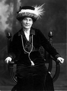 Wikipedia.org/***AUTHOR-- Willa Cather--US, 1873-1947,  PULITZER PRIZE