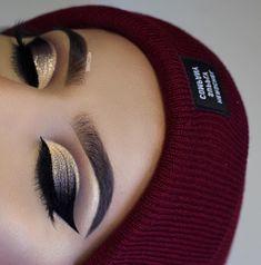 @ayeeshabx, Huda Beauty Rose Gold palette