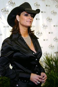 Terri Clark - Better Things To Do