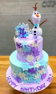 14 Best Children's Party Ideas images in 2020 Frozen Birthday Party, Themed Birthday Cakes, Birthday Cake Girls, Birthday Parties, 5th Birthday, Olaf Birthday Cake, Pastel Frozen, Frozen Party Decorations, Frozen Theme Cake