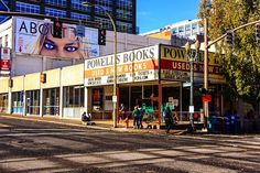 Portlanders love sticking our noses in books and the best bookstore in town is Powells.