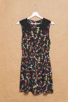 De compras en Primark: vestido negro con flores