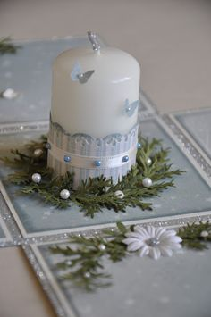 Love this - beautifully decorated candle.