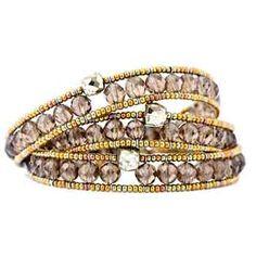 Bracelet Tiny Boa Quartz. Vetro di murano, pirite, quarzo, argento. Beaded Jewelry, Handmade Jewelry, Seed Bead Projects, How To Make Leather, Wrap Bracelets, Beading Ideas, Luxury Jewelry, Seed Beads, Minerals