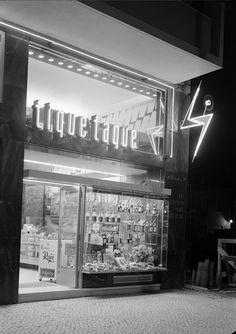 Tique taque, Lisboa, Portugal    Fotografia sem data. Produzida durante a actividade do Estúdio Mário Novais: 1933-1983.