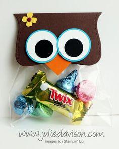 Whoooo's Amazing? Owl Top Note Treat Bags #stampinup #punchart www.juliedavison.com