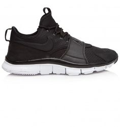 NIKE FREE ACE LEATHER. Black. £92.00 Designer Trainers, Designer Clothes For Men, North London, Online Fashion Stores, London Fashion, Nike Free, Fashion Forward, Sneakers Nike, Pairs