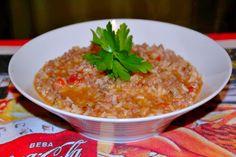 Este arrozinho é uma delicia e tão fácil de preparar e muito económico. Receita retirada de uma revista teleculinaria com algumas alterações.